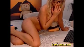 on webcam shemale blonde Big boobs exposed in bus