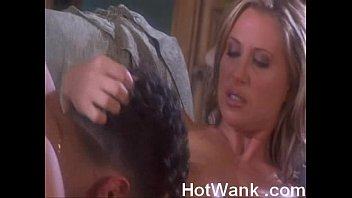 lee mom devon in came i your Jessie rogers slap party