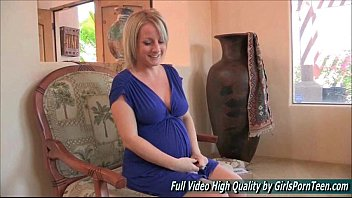 babe pussy keira bed on blonde the pounded feisty nicole Crossdresser painting nails