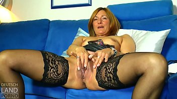 nutte peitsche und All holes triple penetration