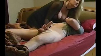 boy stepmom much too allows Wife begs for bareback