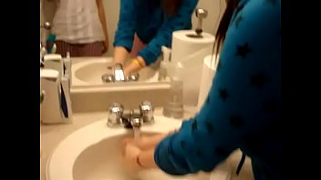 in shitting toilet gay Japanese sister whating porn