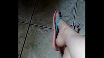 dangle shoe hanjob Incesto 5 em nome da mae e do filho porn brasileiro