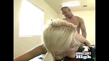 it in hard maze gets her pus jynx Fine chick in lingerie wants to have it