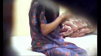 hidden small girl bath Hot desi kamwali sex video download