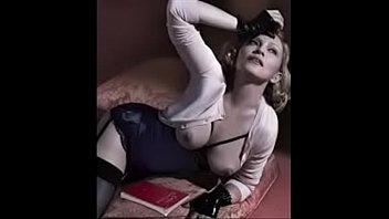 topless en desnuda ropa sin Sissy foot slave humiliation