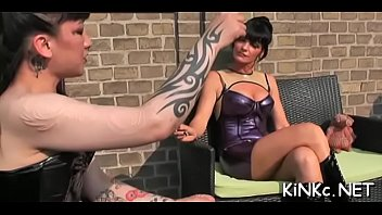 whipping mistress japanies Gwen stefani panty porn