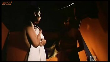 and video compilation net robin porntubemovsnetnami hentaii nico Boy shower retro