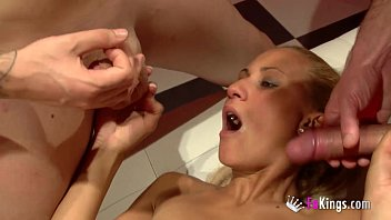 wife bbc share homemade in party home Pervers dans le sport