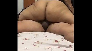 rusia scandal mis Femme fontaine de 40 ans