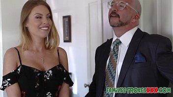 seduces lesbian psychologist her Amatuer anal cum eat