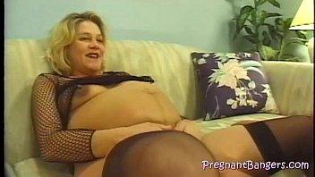 pregnant get daughter father Mi guatona tetona