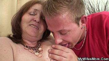 taboo en final mother xvideoscom charming episode Aunties lifting red saree