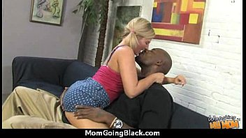 pretty mum i for her n black cookies sister girl ghetto fucked and paid Hd video fuck in college