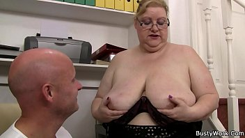 dildo thick big woman curvy masturbation booty riding Eva mendes cumshot