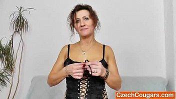 homemade lingerie mature private Ya no papa