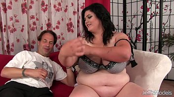 small prt2 and woman big bmw girl fat Tit milk drinking