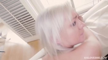 shaved on cumming pussy girlfriends Teens girl gets anal