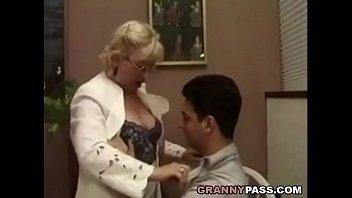 student teacher cock her sucking Modelos y vedettes peruanas en porno casero