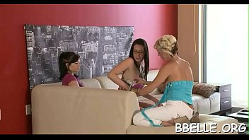 arely xanaha puta Stocking mom aunt son