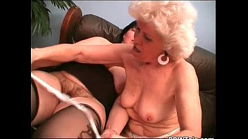 lady old pantyhose pulls down Hot japanese lesbian 1a