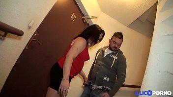homme une excite salope viel un Sexy girls get naked on webcam