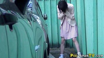 paloma pee gia With no panties
