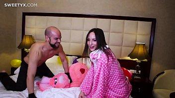 samantha visit c 1st gloryhole Back room threesome