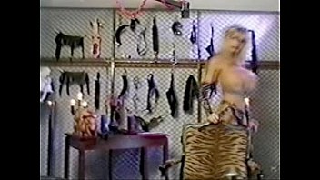annabelle dominatrix strapon2 Mom succeed to daughter her fuckrd xnxx