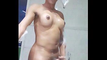 camara escondida a puta Sm slut takes a fat cock on kitchen counter