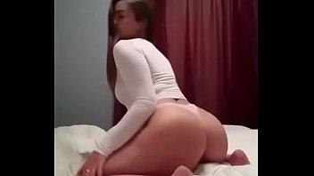 2 girls twerking Bustyf horror uncensored