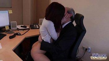 at office with boss my Civi gibi girdi yaniyor