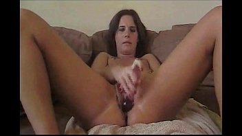pussies3 squirting hot Little sister cum in mouth