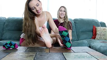pantyhose feet teen Stefani swift lesbian