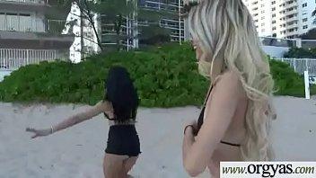kelly klaudia interacial On fait lamour avec un couple damis video