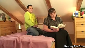 seduces massage straight guy dildo2 Wife comes home after creampie